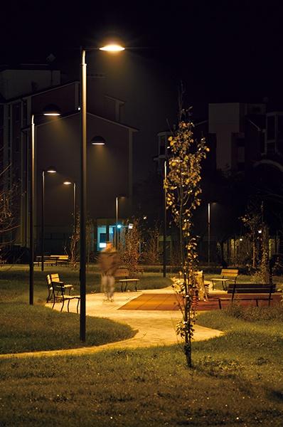 bedrijventerrein verlichting is er in alle soorten en maten zowel de renovatie van een bestaand bedrijventerrein alsmede een nieuw aan te leggen